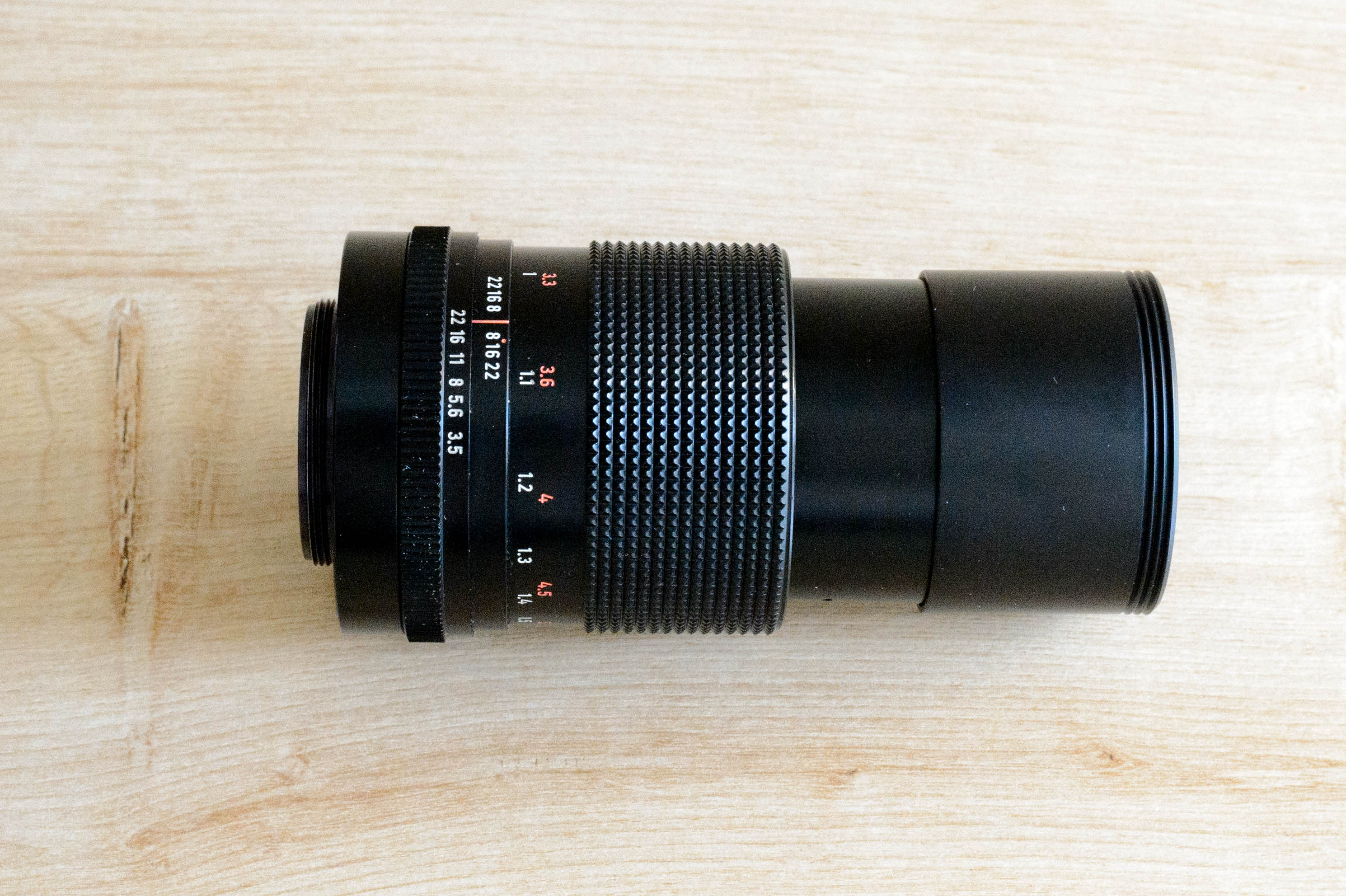 Carl Zeiss Jena MC Sonnar 3.5/135 Profil